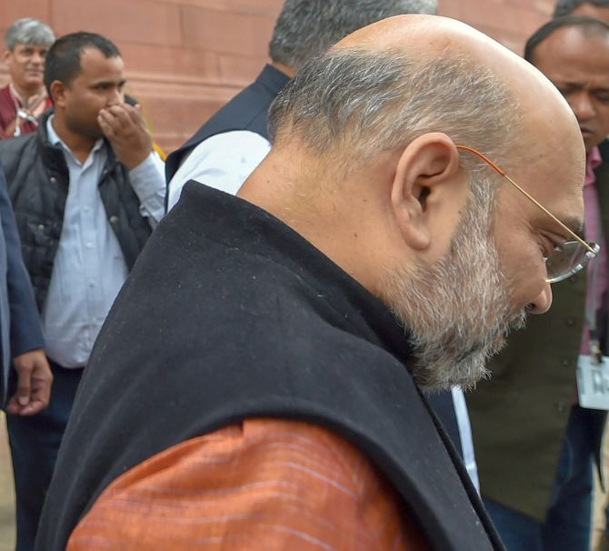BJP loses vote share big time, but not all to Congress