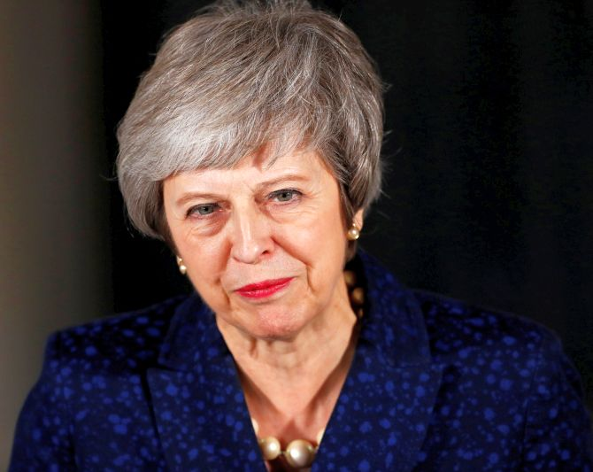 India News - Latest World & Political News - Current News Headlines in India - Britain's Theresa May wins confidence vote in leadership