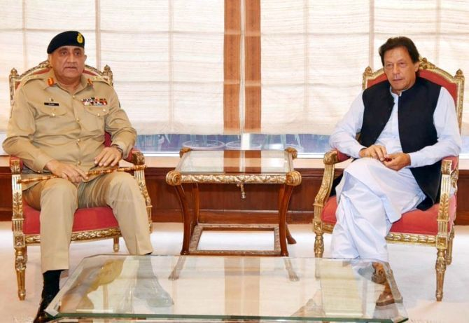 Pakistan army chief General Qamar Javed Bajwa and Prime Minister Imran Khan. Photograph: @pid_gov/Twitter