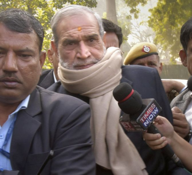 India News - Latest World & Political News - Current News Headlines in India - 1984 anti-Sikh riots: SC notice to CBI on Sajjan Kumar's appeal