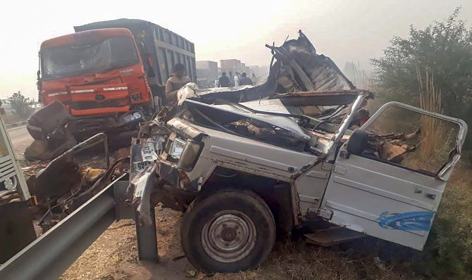 India News - Latest World & Political News - Current News Headlines in India - 7 women among 8 killed in Haryana vehicle pile-up