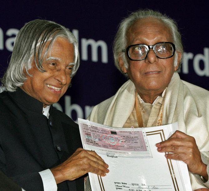 Legendary film-maker Mrinal Sen passes into the ages