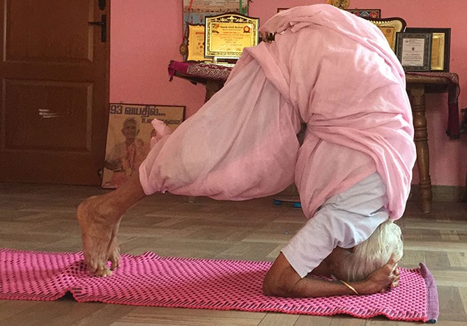 At 97, yoga guru is India's oldest Padma Shri