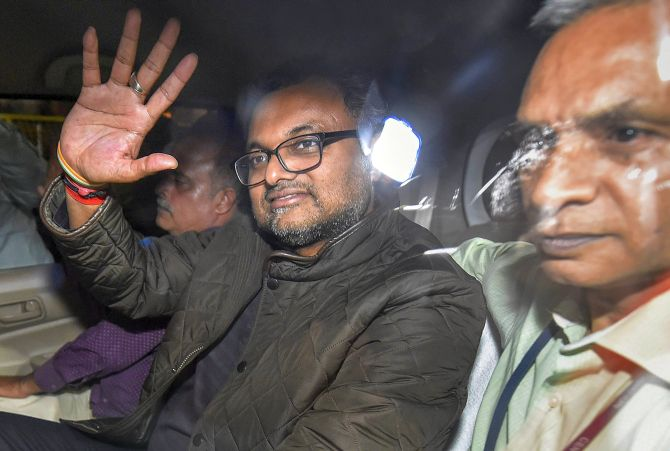 Karti confronted with Indrani at Mumbai prison