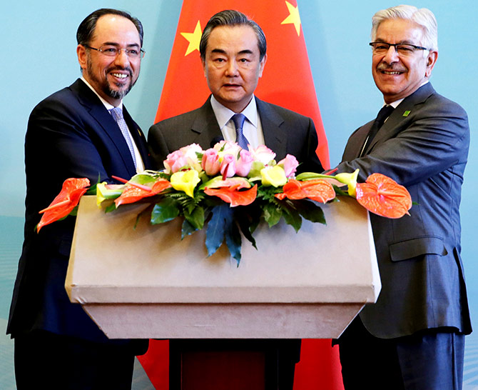 Afghan Foreign Minister Salahuddin Rabbani, Chinese Foreign Minister Wang Yi and Pakistan Foreign Minister Khawaja Asif at a news conference after the 1st China-Afghanistan-Pakistan foreign ministers' dialogue in Beijing, December 26, 2017. Photograph: Jason Lee/Reuters