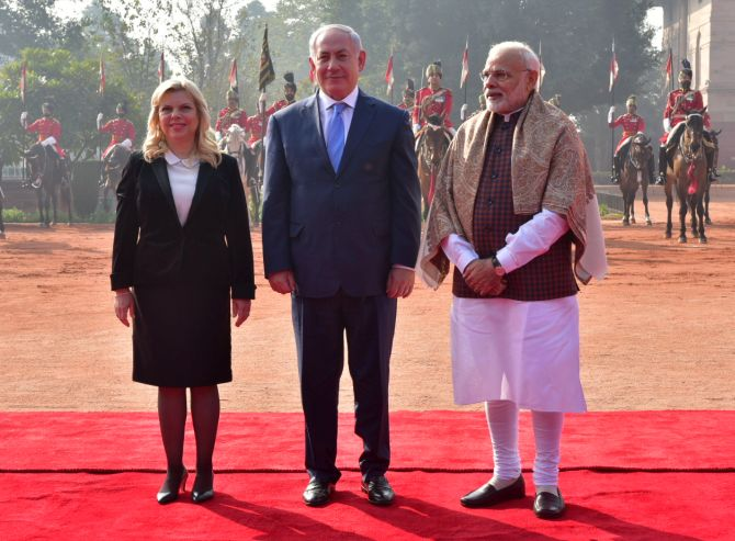 Prime Minister Narendra D Modi with Israeli Prime Minister Benjamin Netanyahu and his wife Sara at Rashtrapati Bhavan, January 15, 2018. Photograph: MEA/Flickr