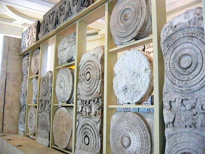 The Amravathi marbles at the British Museum. Photograph: Courtesy Redtigerxyz/Wikimedia Commons.