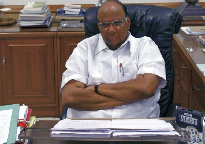 India News - Latest World & Political News - Current News Headlines in India - Amending Constitution for quota harmful, says Sharad Pawar