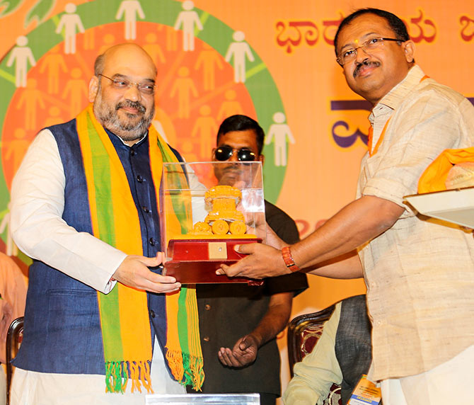 V Muraleedharan, right, with Bharatiya Janata Party President Amit A Shah,  July 5. 2015. Photograph: Kind courtesy http://amitshah.co.in