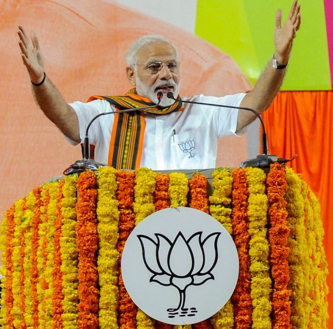 Modi dubs Congress a 'deal party', says no one can save it