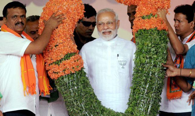Learn patriotism from Mudhol hound dogs, Modi tells Congress