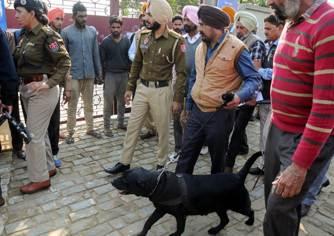 India News - Latest World & Political News - Current News Headlines in India - 3 killed in grenade attack in Amritsar, cops say 'terrorist act'
