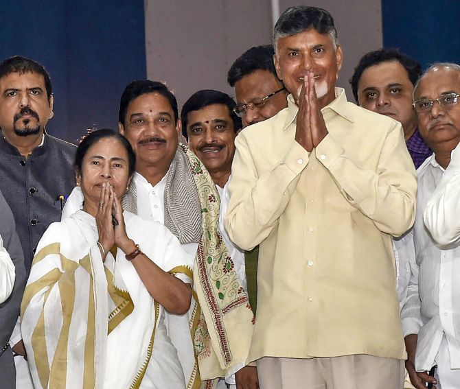 West Bengal Chief Minister Mamata Banerjee and Andhra Pradesh CM Chandrababu Naidu meet at Nabanna, in Kolkata. Photograph: Ashok Bhaumik/PTI Photos