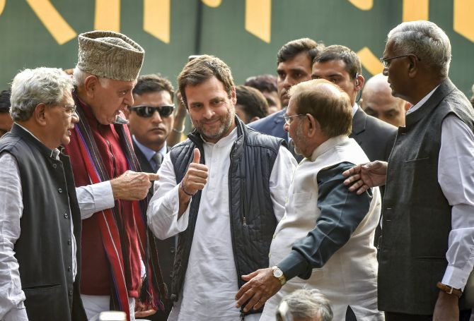 Oppn leaders to visit J-K on Sat, Rahul likely to join