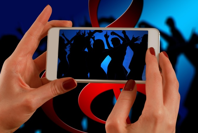 Video-streaming apps like TikTok raise red flags for young audiences