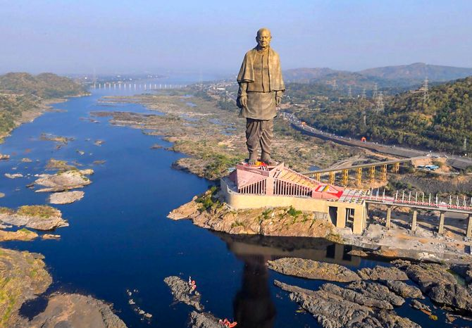 Why crocodiles from ponds near Statue of Unity being shifted