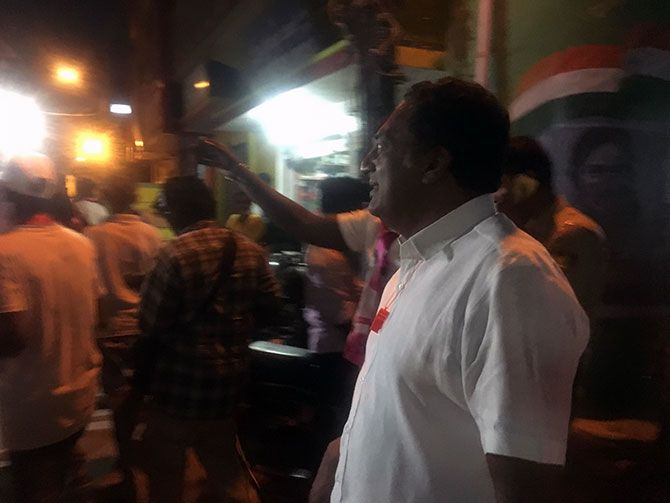 Prakash Raj on his campaign late evening