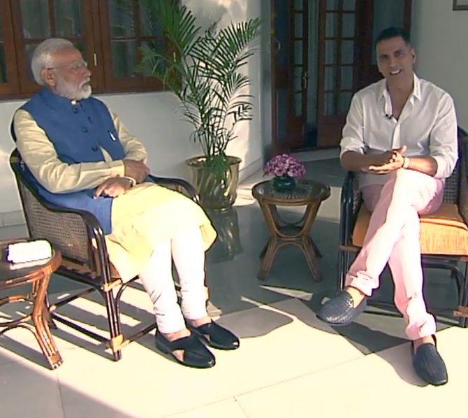 Narendra Damodardas Modi with Rajeev Bhatia aka Akshay Kumar. Photograph: ANI