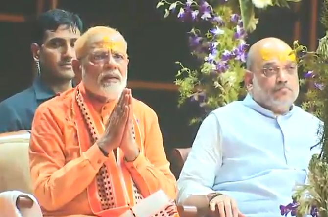 Narendra Damodardas Modi and Amit Anilchandra Shah at the Ganga Aarti in Varanasi, April 25, 2019.