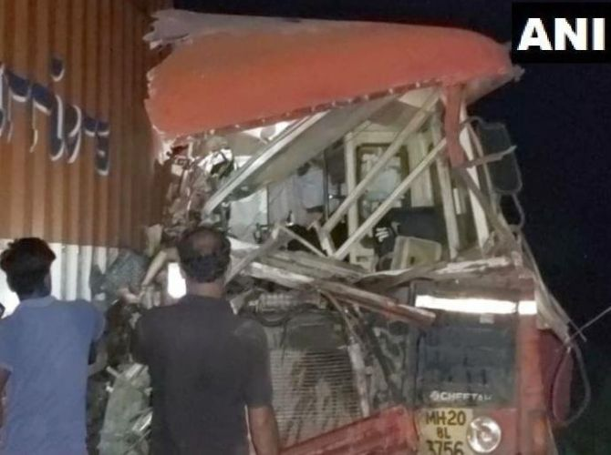 15 dead, over 35 hurt in bus-truck collision