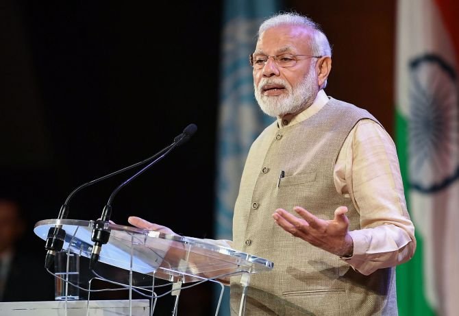 No scope for 'temporary' in New India: Modi in Paris