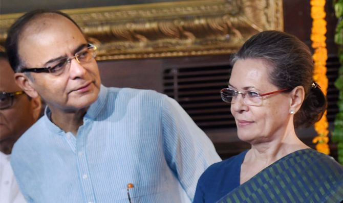 HIs contributions will be remembered forever: Sonia