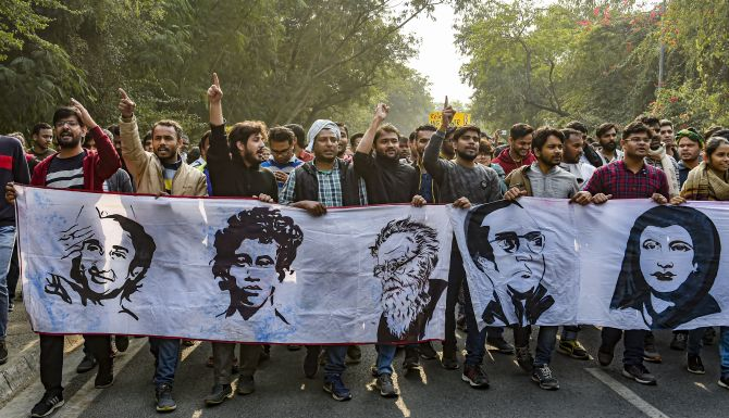JNU students, marching to Raisina Hill, baton charged