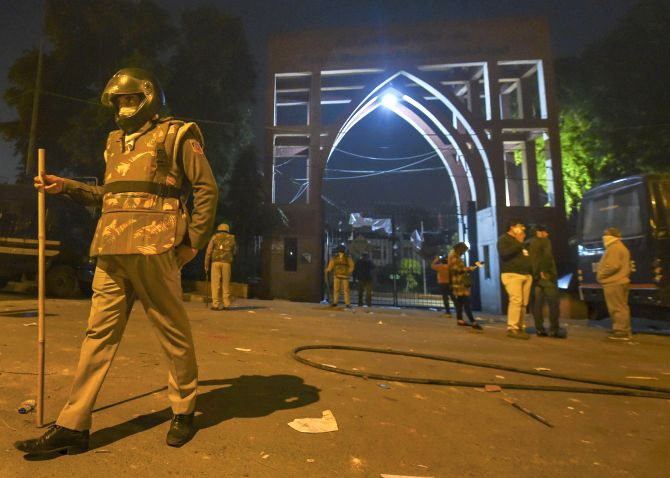 Cops entered campus by force, beat up students: Jamia
