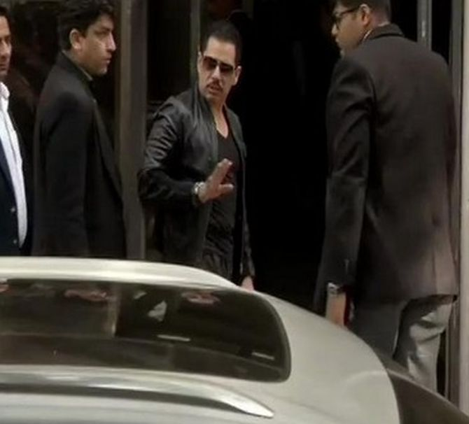 India News - Latest World & Political News - Current News Headlines in India - Robert Vadra's interim bail extended till March 2
