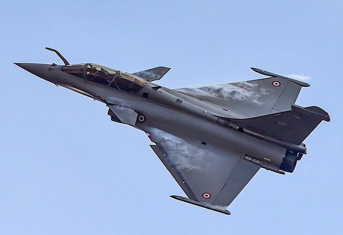 Amid LAC row, IAF to equip Rafale with new missiles