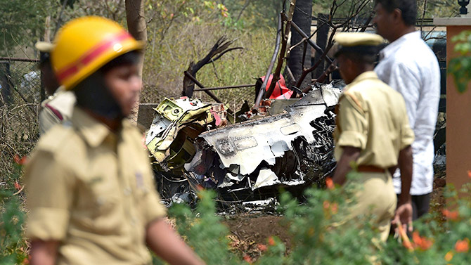 India News - Latest World & Political News - Current News Headlines in India - 1 pilot dead, 2 injured as 2 Surya Kiran jets crash