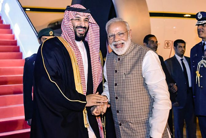 India News - Latest World & Political News - Current News Headlines in India - Breaking protocol, Modi receives Saudi Crown Prince at airport