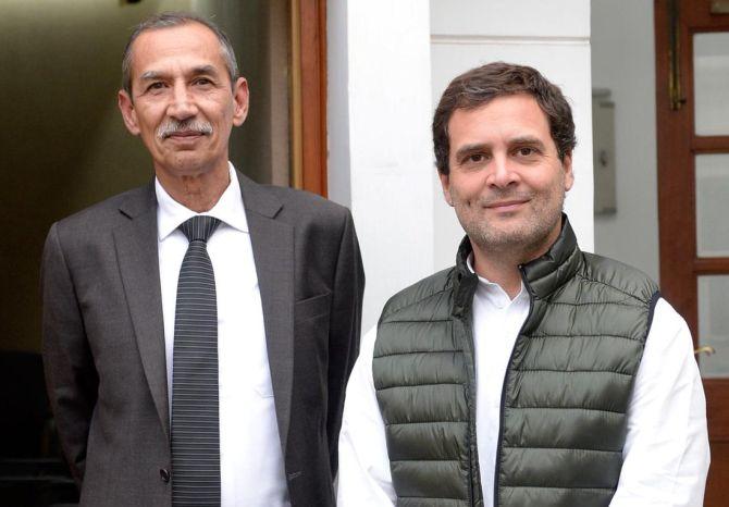 Lt Gen Hooda with Rahul Gandhi