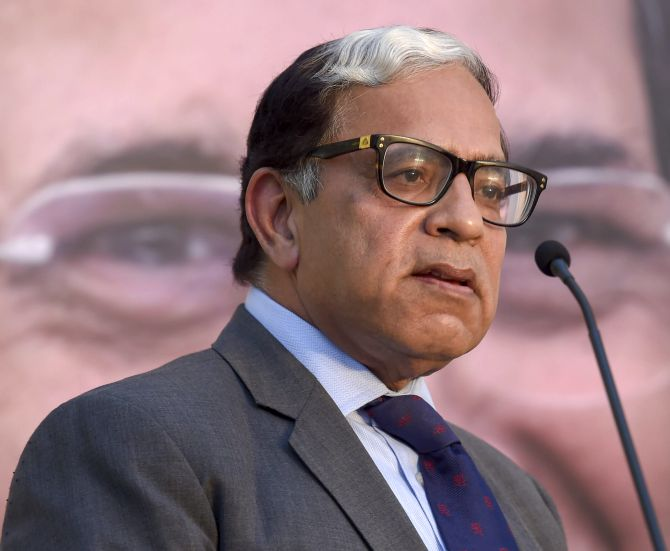India News - Latest World & Political News - Current News Headlines in India - Justice Sikri wants controversy over govt offer, CBI case to die
