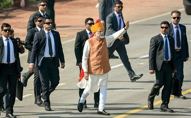 Prime Minister Narendra Damodardas Modi walks down Rajpath during the 70th Republic Day celebrations in New Delhi, January 26, 2019. Photograph: Atul Yadav/PTI Photo