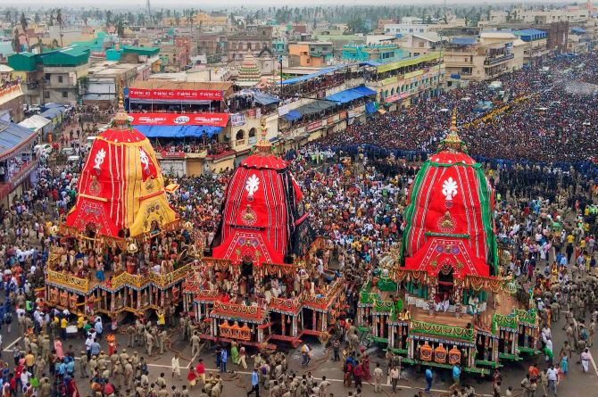 SC allows Puri Rath Yatra with no public attendance