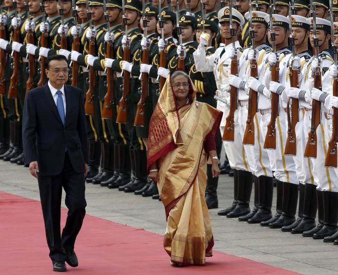 China's Premier Li Keqiang and Bangladesh's Prime Minister Sheikh Hasina
