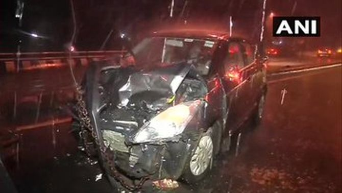 Rains spell trouble in Mumbai; 8 hurt in car collision