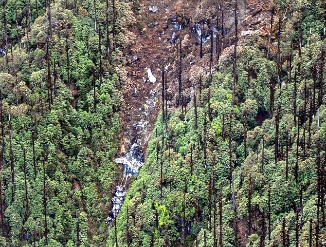 AN-32: Remains of 13 air warriors retrieved