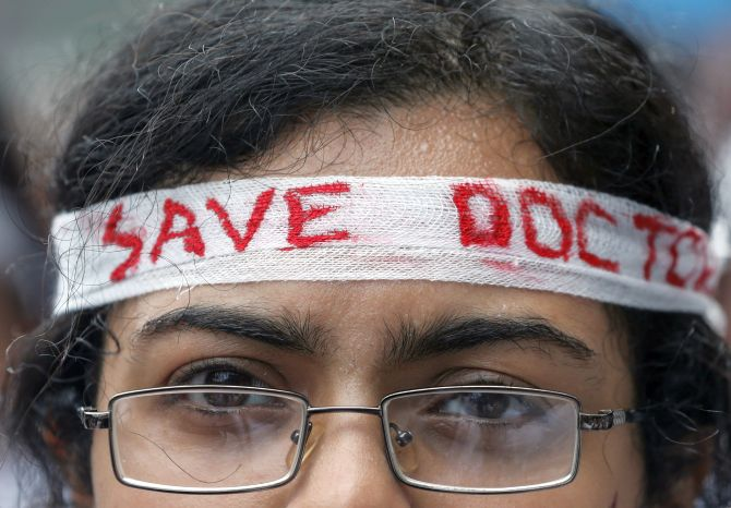 WB doctors to call off strike after meeting Mamata