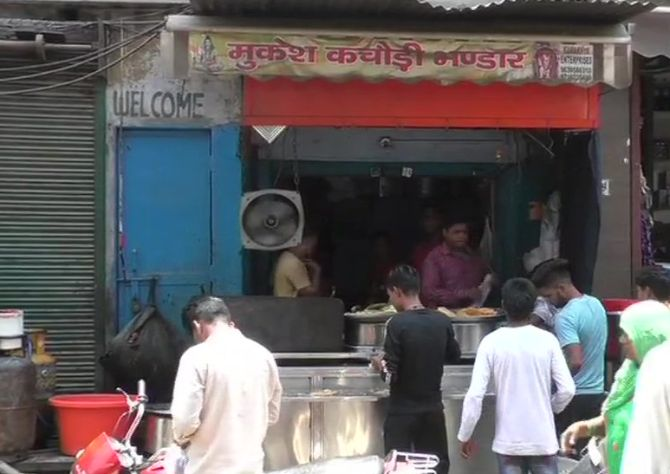 Kachori seller earning Rs 60 lakh a yr gets tax notice