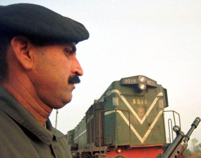Pakistan restores Samjhauta Express services to Delhi
