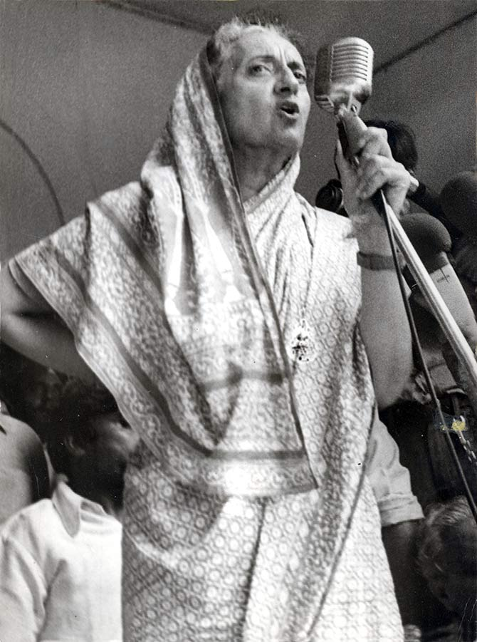 Indira Gandhi on the campaign trail