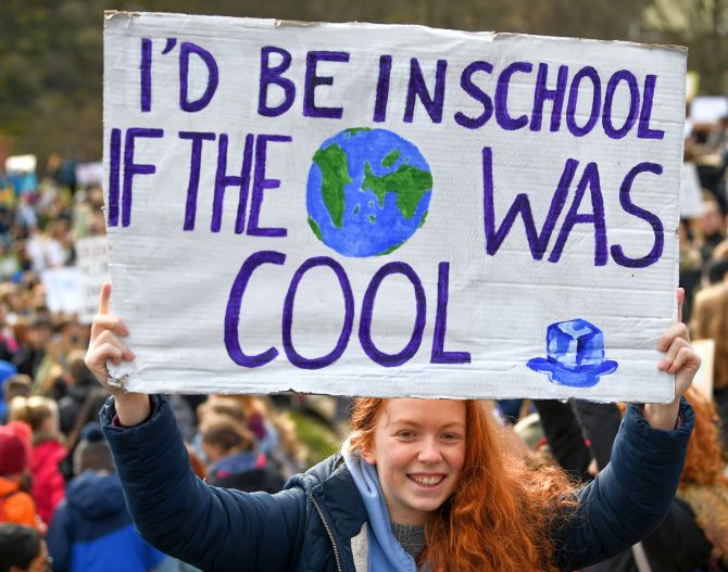 India News - Latest World & Political News - Current News Headlines in India - Climate Strike: Students around the world march for action