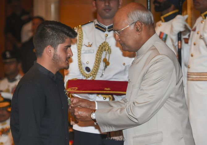 India News - Latest World & Political News - Current News Headlines in India - Why this 16-yr-old Kashmiri boy was awarded Shurya Chakra