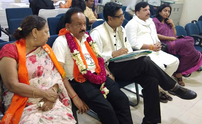 Union Minister Harsh Vardhan files nomination from the Chandni Chowk constituency. Photograph: ANI Photos