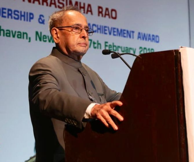Amid Oppn uproar, Pranab hails EC for 'perfect' polls