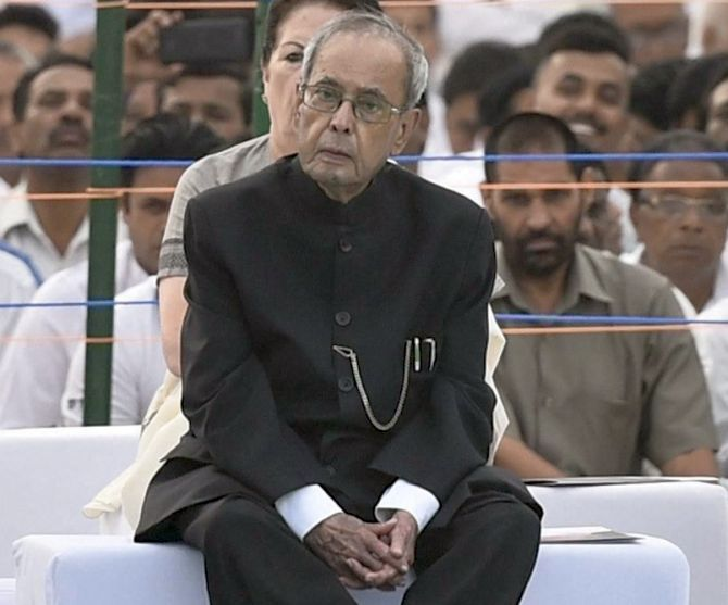 Pranab concerned over reports of EVM tampering