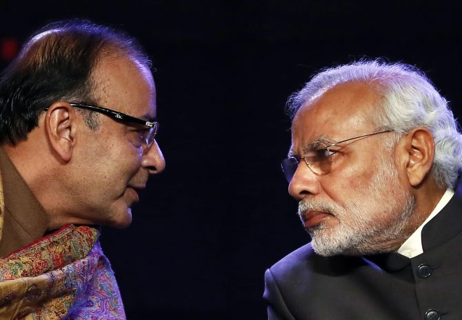 Jaitley was a political giant, says PM