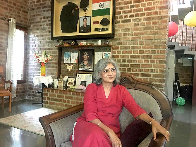 'एक फ़ौजी का सम्मान देश का सम्मान है'